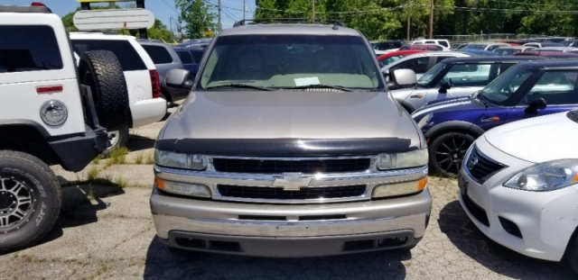 2003 Chevrolet TAHOE W/ 3RD ROW SEAT, & SUNROOF