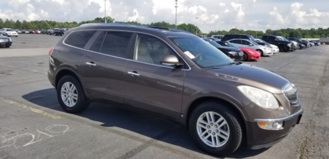 2008 Buick ENCLAVE, W/ 3RD ROW SEAT