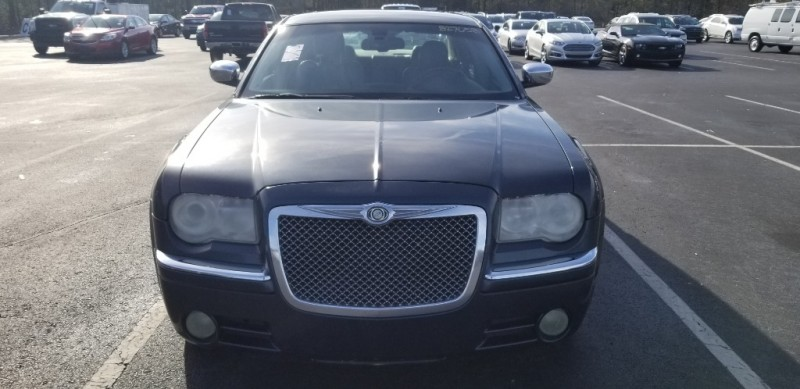 Chrysler 300 2007 price $5,500