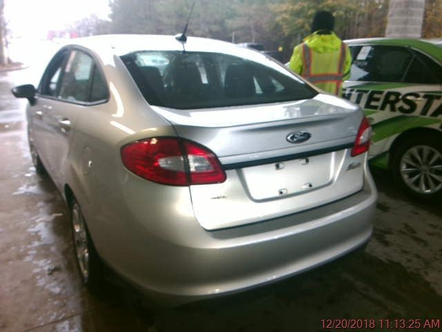 Ford Fiesta 2011 price $5,500