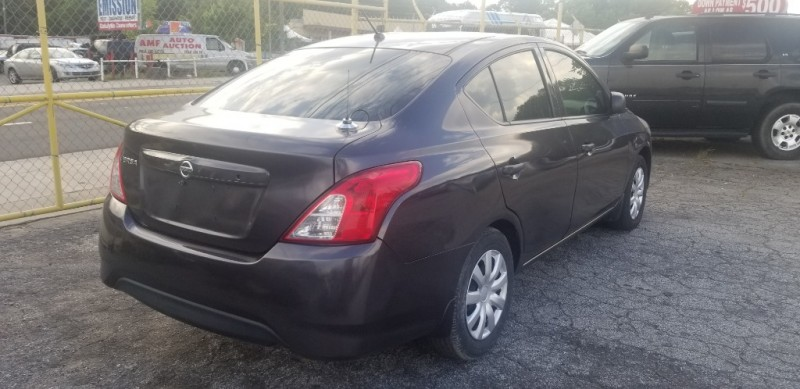 Nissan Versa 2015 price $5,000