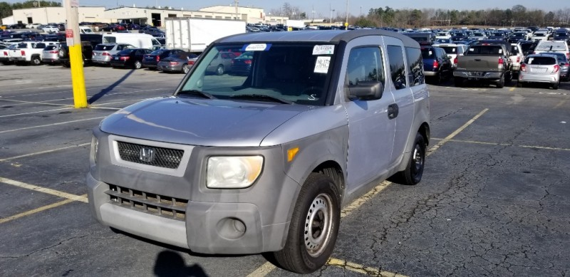 Honda Element 2004 price $4,000