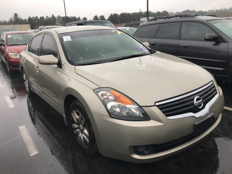 Nissan Altima 2009 price $5,500