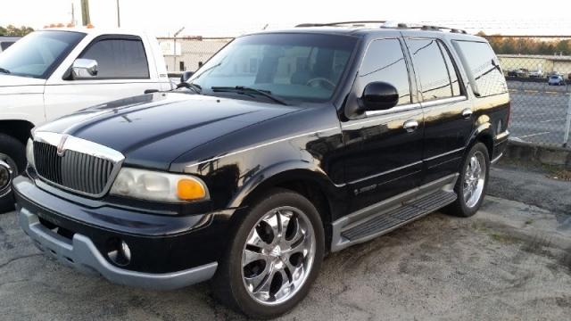 2000 Lincoln Navigator, W/ 3RD ROW SEAT