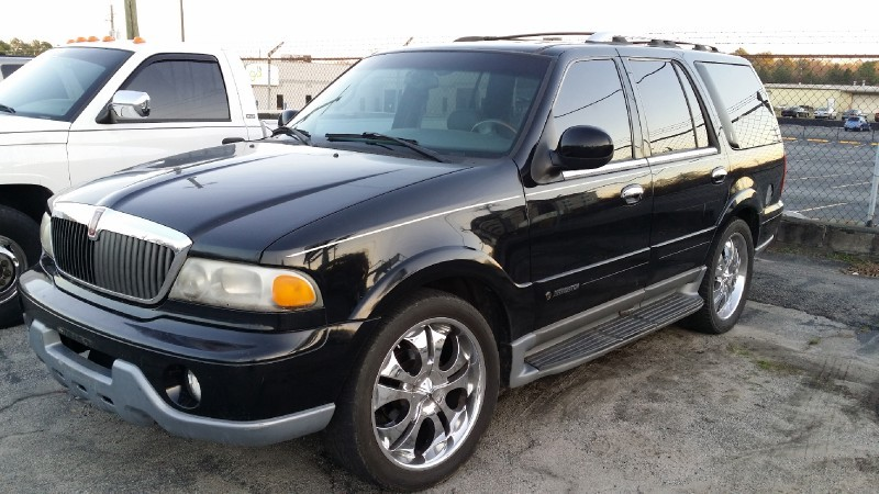 Lincoln Navigator, W/ 3RD ROW SEAT 2000 price $3,000