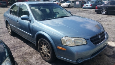 2000 Nissan Maxima 4dr Sdn GXE Auto