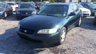 2000 Honda Accord Sdn 4dr Sdn EX Auto w/Leather