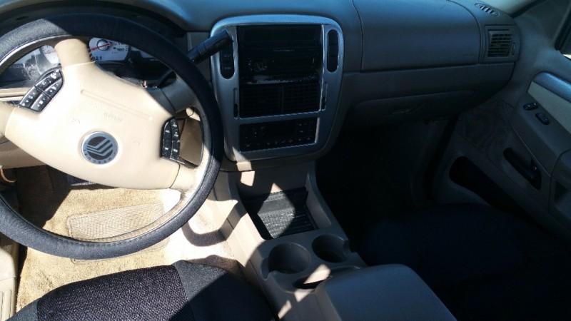 Mercury Mountaineer, 3RD ROW SEAT 2003 price $3,000