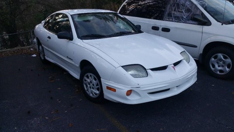 Pontiac Sunfire 2000 price $1,000 Cash