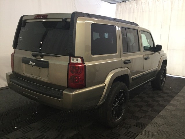 Jeep Commander, 3RD ROW SEAT 2006 price $6,500