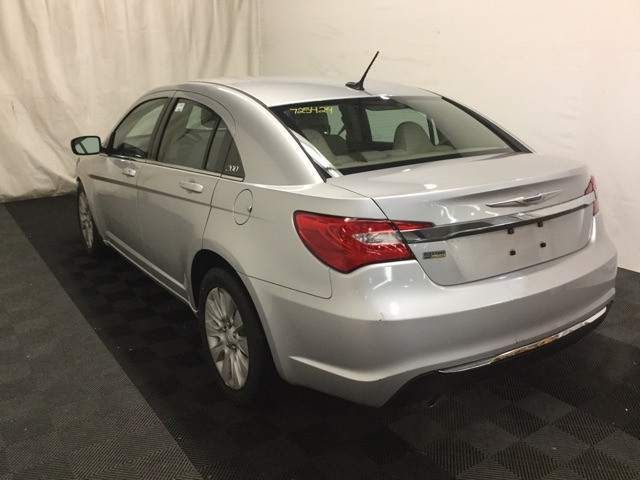 Chrysler 200 2012 price $6,000