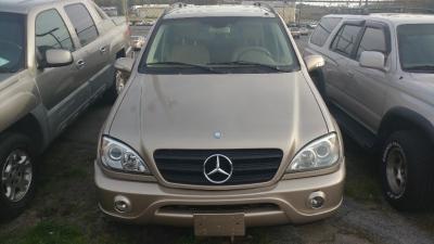 2003 Mercedes-Benz M-Class 4dr AWD 3.5L