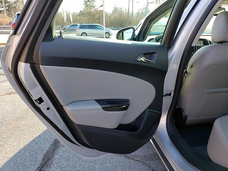 Buick Verano 2017 price $17,900