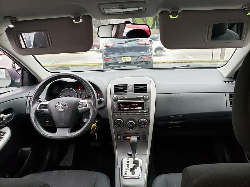 Toyota Corolla 2011 price $10,500