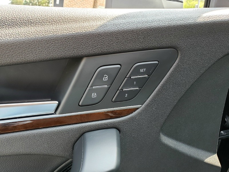 Audi Q5 2018 price $37,900