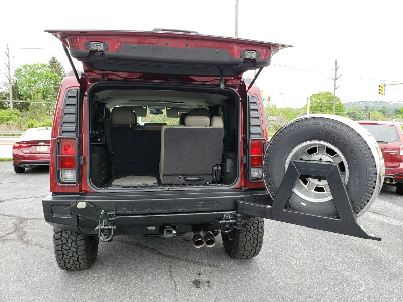 Hummer H2 2005 price $23,900