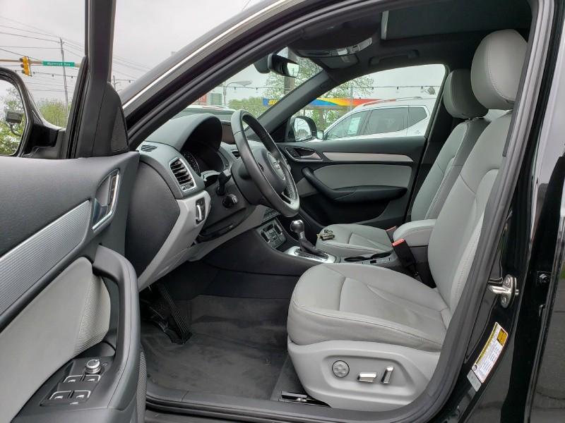 Audi Q3 2016 price $27,900