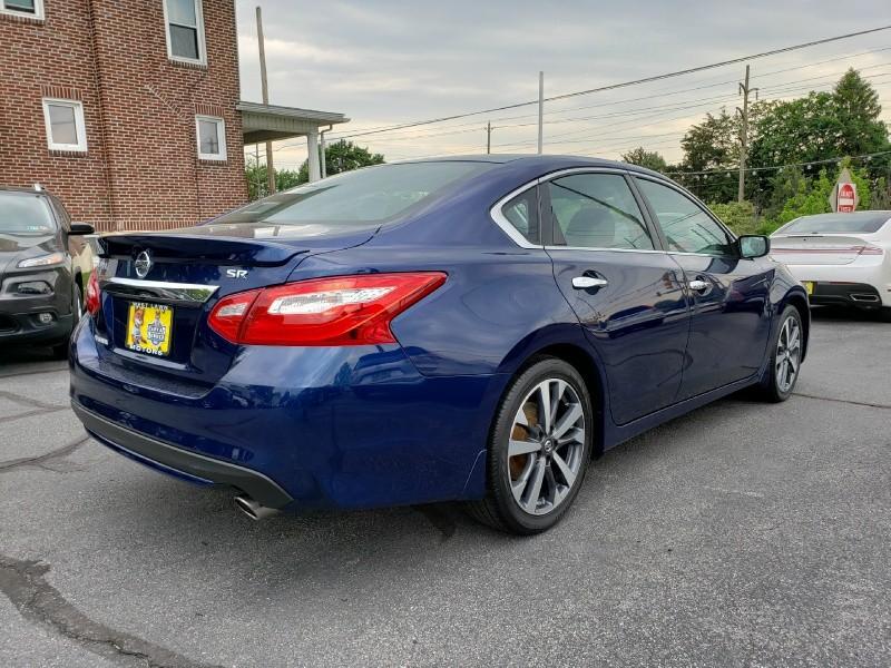 Nissan Altima 2016 price $15,900