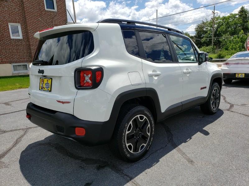 Jeep Renegade 2016 price $22,900