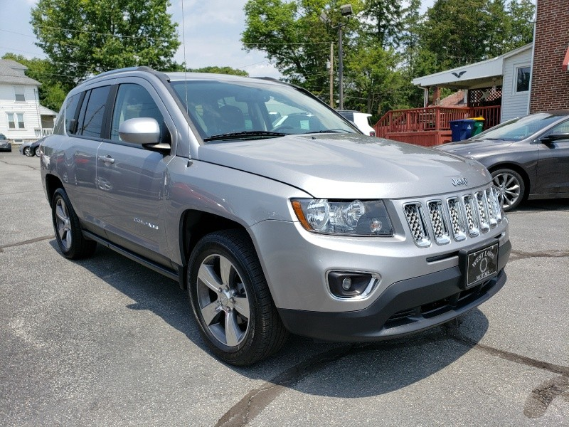 Jeep Compass 2016 price $17,900