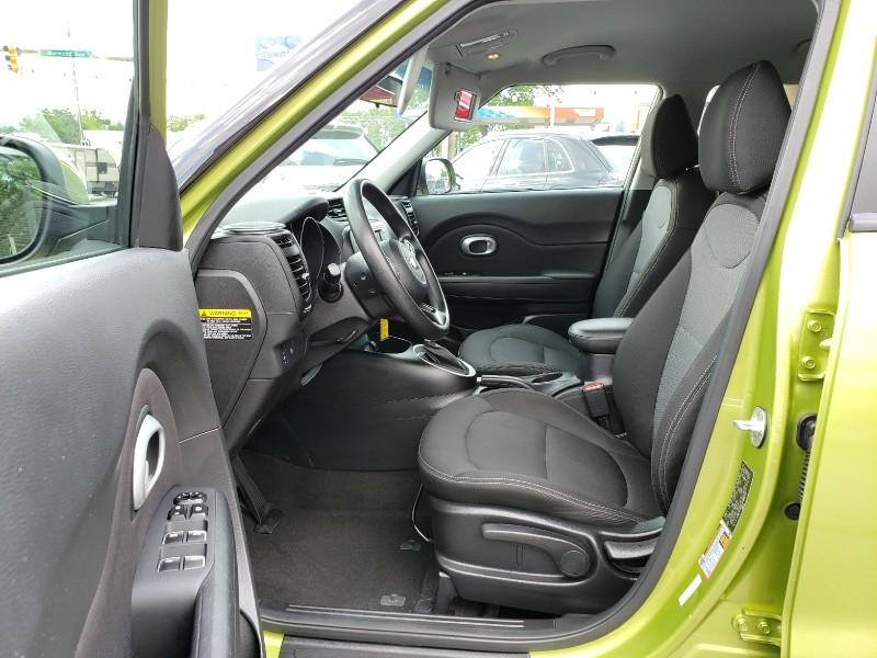 Kia Soul 2017 price $13,900