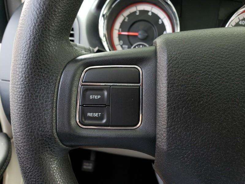Dodge Grand Caravan 2014 price $12,900