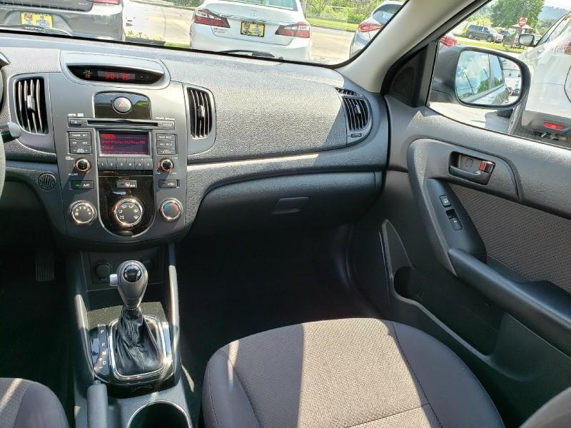 Kia Forte 5-Door 2011 price $7,995