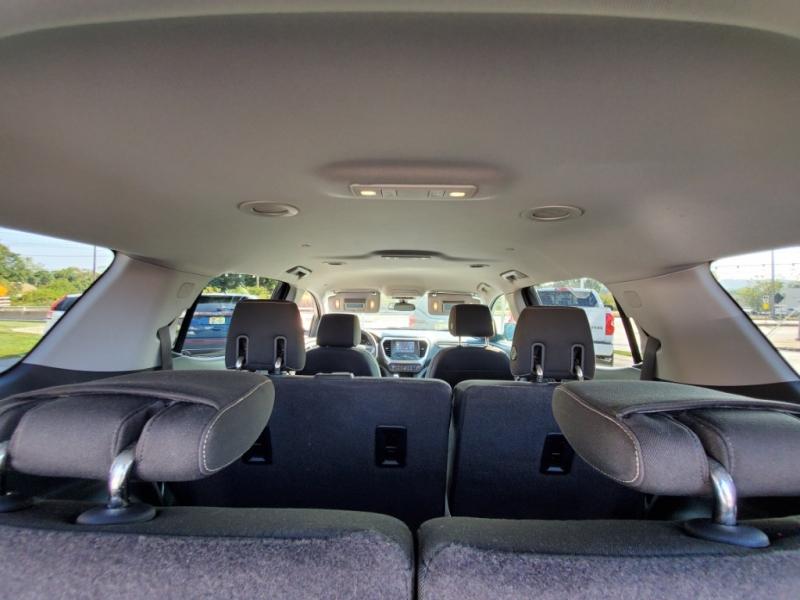 GMC Acadia 2017 price $24,900