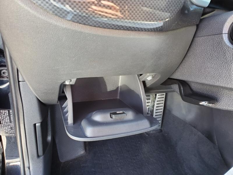 Volkswagen Beetle 2012 price $9,995