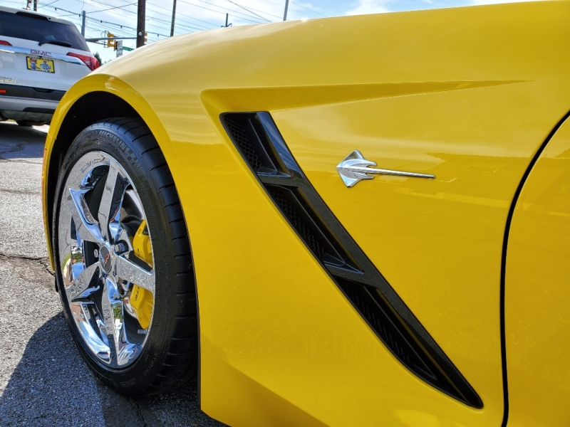 Chevrolet Corvette 2015 price $42,900