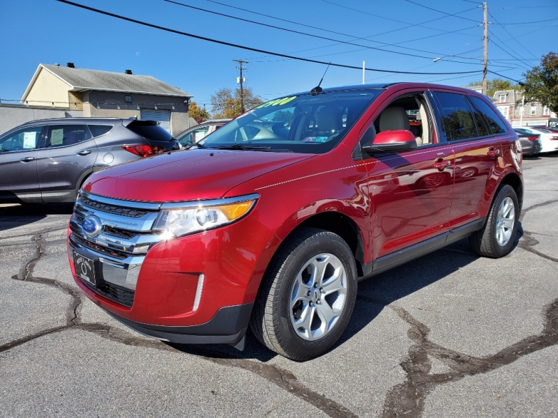 Ford Edge 2013 price $12,900
