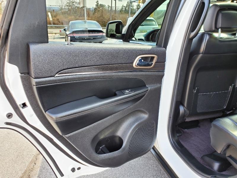 Jeep Grand Cherokee 2017 price $28,900