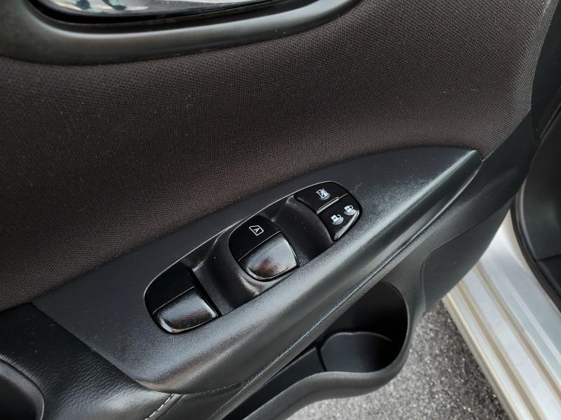 Nissan Sentra 2017 price $12,900