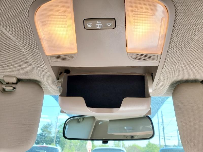 Hyundai Elantra 2017 price $12,900