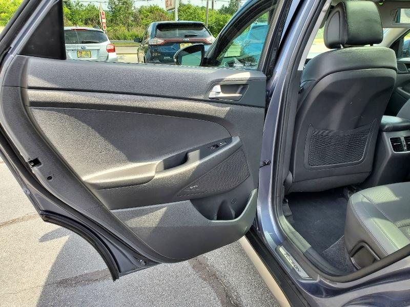 Hyundai Tucson 2017 price $18,900