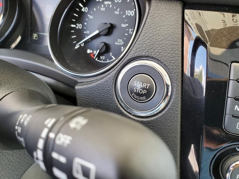 Nissan Rogue 2017 price $22,900