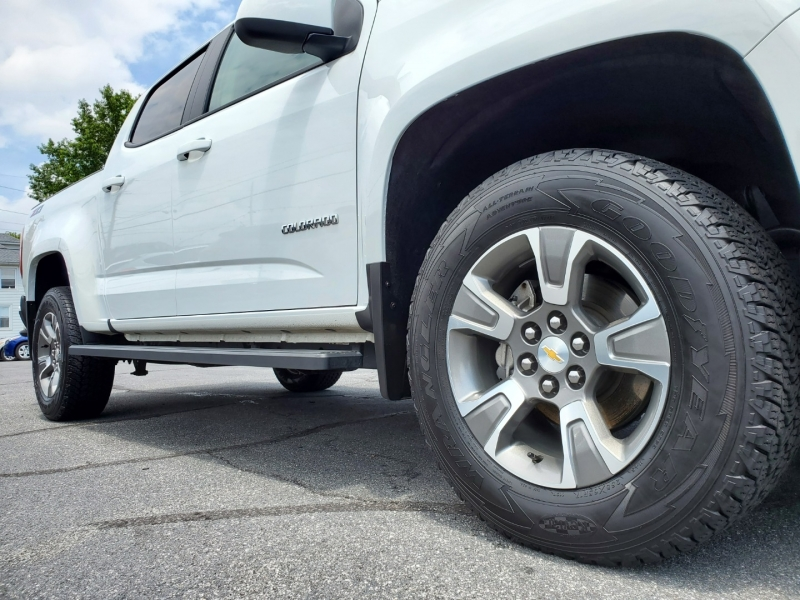 Chevrolet Colorado 2019 price $32,900