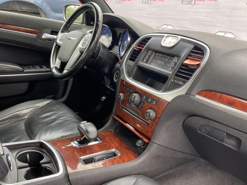 CHRYSLER 300 2012 price $8,799