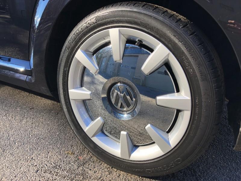 Volkswagen Beetle Coupe 2013 price $13,800