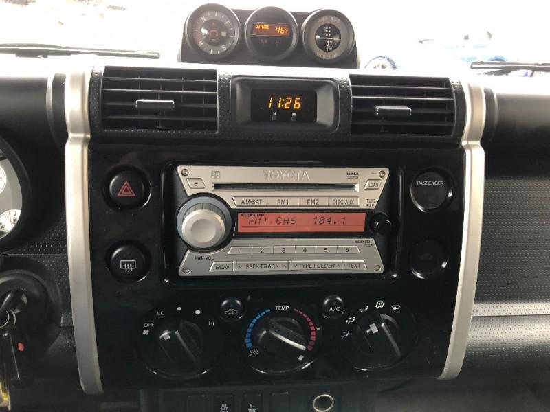 Toyota FJ Cruiser 2007 price $14,900