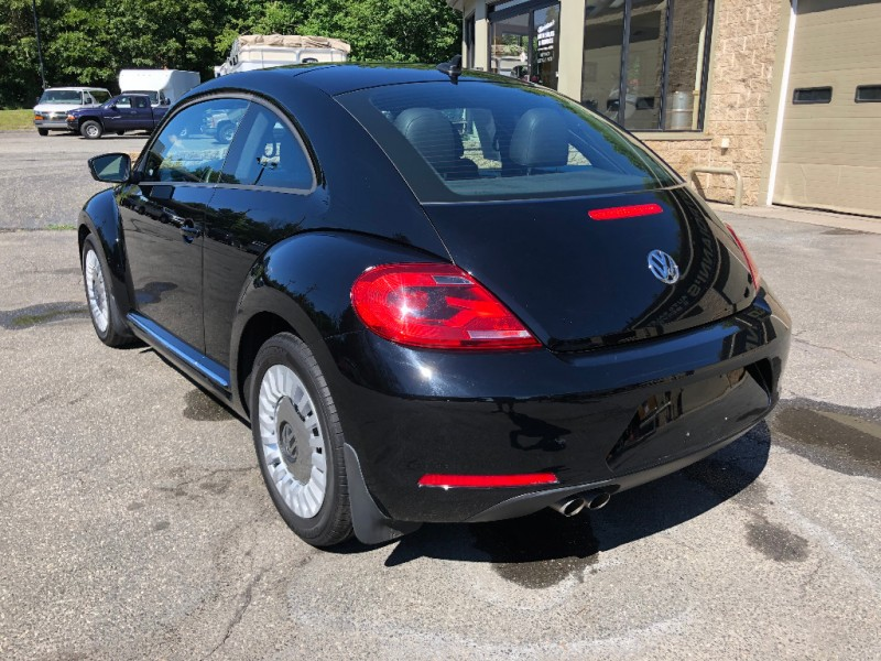 Volkswagen Beetle Coupe 2014 price $13,500