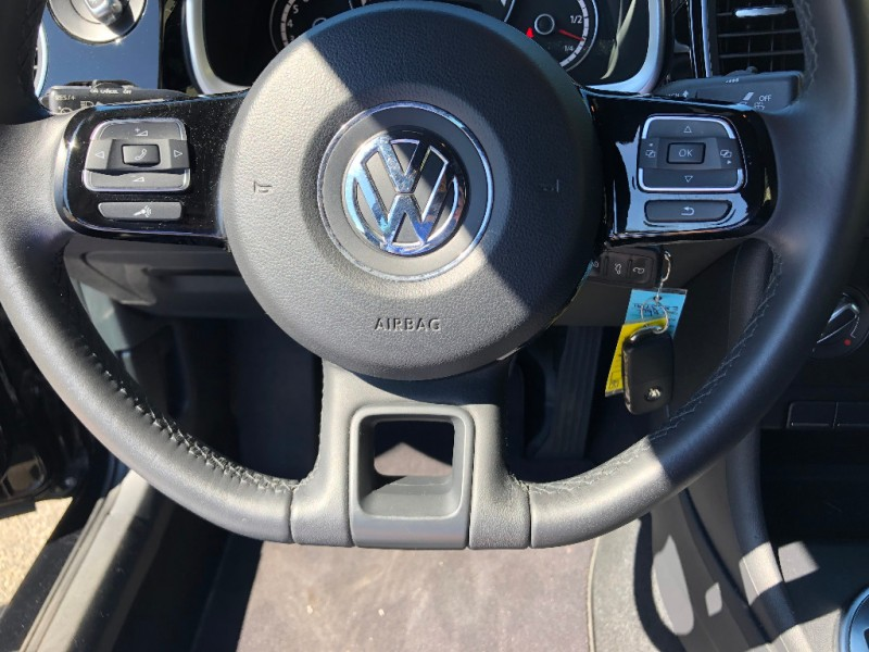Volkswagen Beetle Coupe 2014 price $13,500