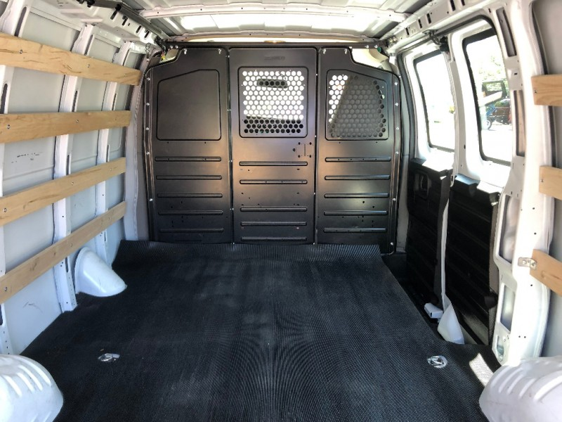 GMC Savana Cargo Van 2018 price $23,995