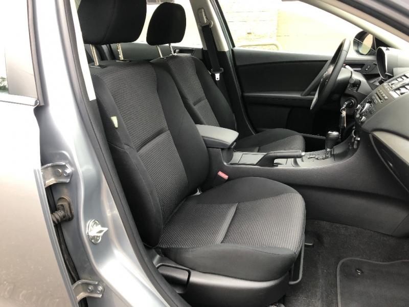 Mazda Mazda3 2012 price $7,900