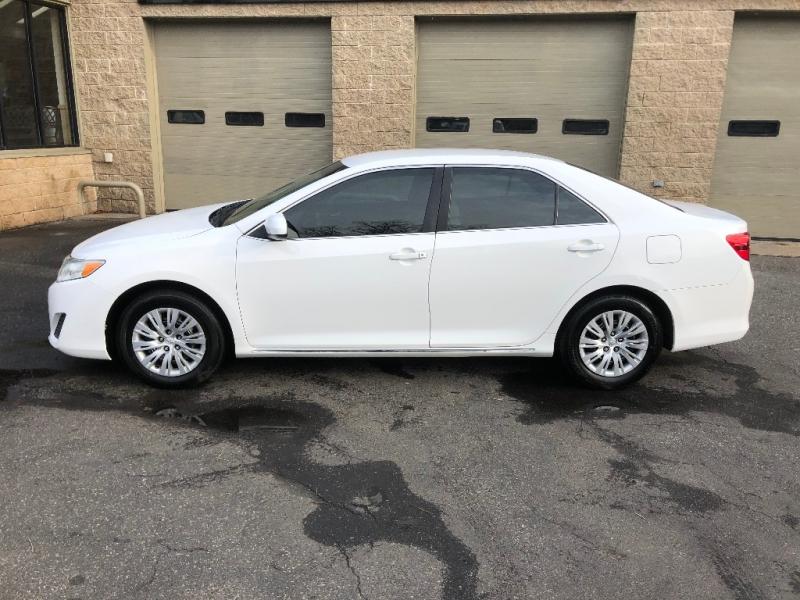 Toyota Camry 2012 price $9,900