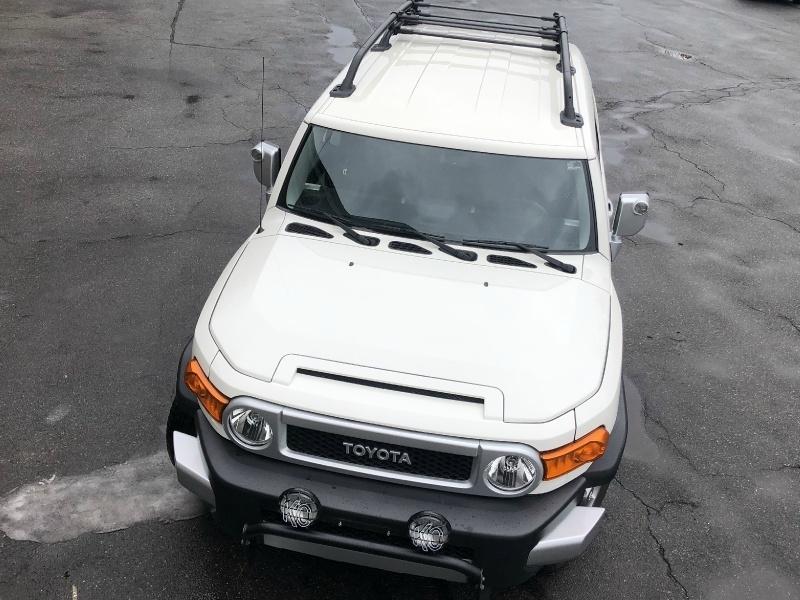 Toyota FJ Cruiser 2012 price $29,500