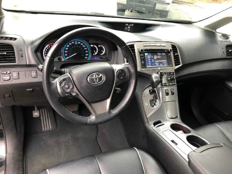 Toyota Venza 2014 price $13,700