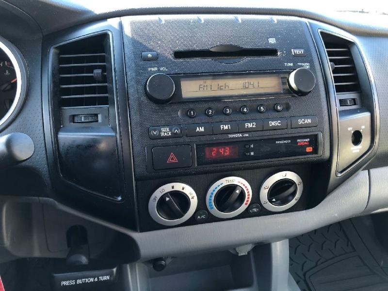 Toyota Tacoma 2005 price $9,900