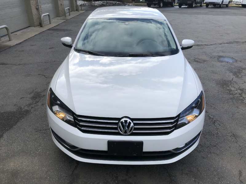 Volkswagen Passat 2015 price $11,900