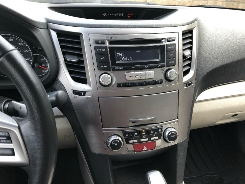 Subaru Legacy 2013 price $10,900